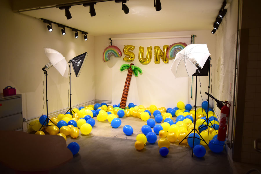 The Sun Project STUDIO PHOT DECORS