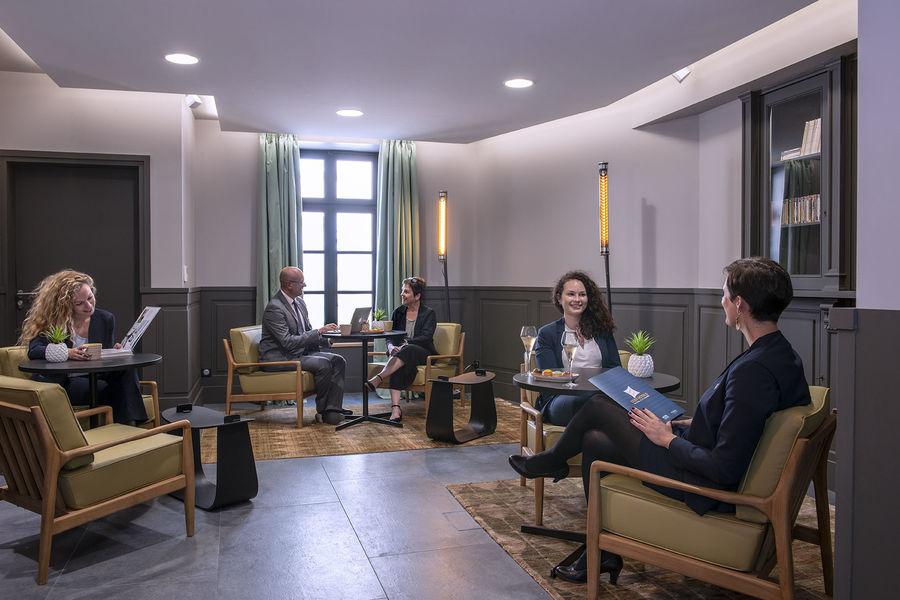 Hotel Saint Nicolas Salle Bibliothèque / Véranda