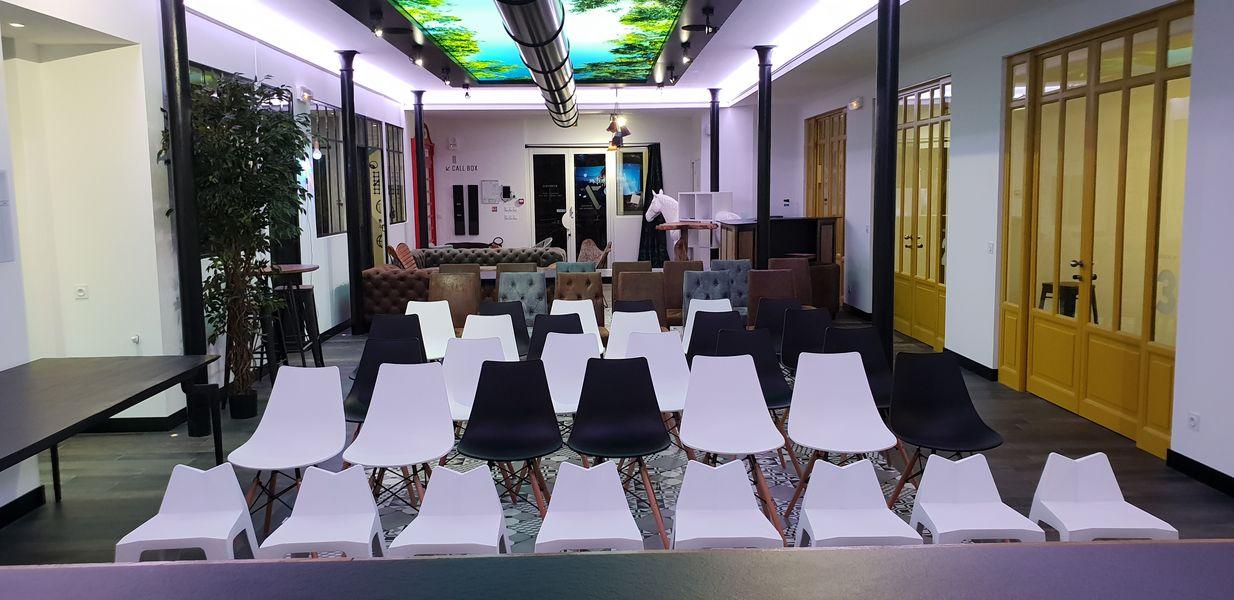 Seven Coworking Espace de Réception / Réunion