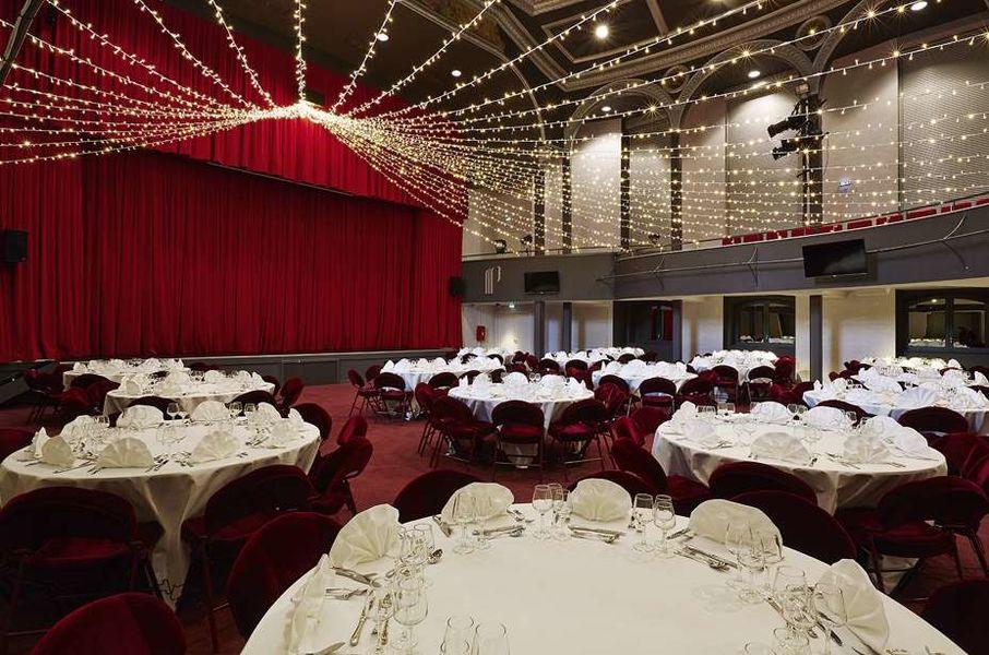 Casino De Royat Salle Théâtre