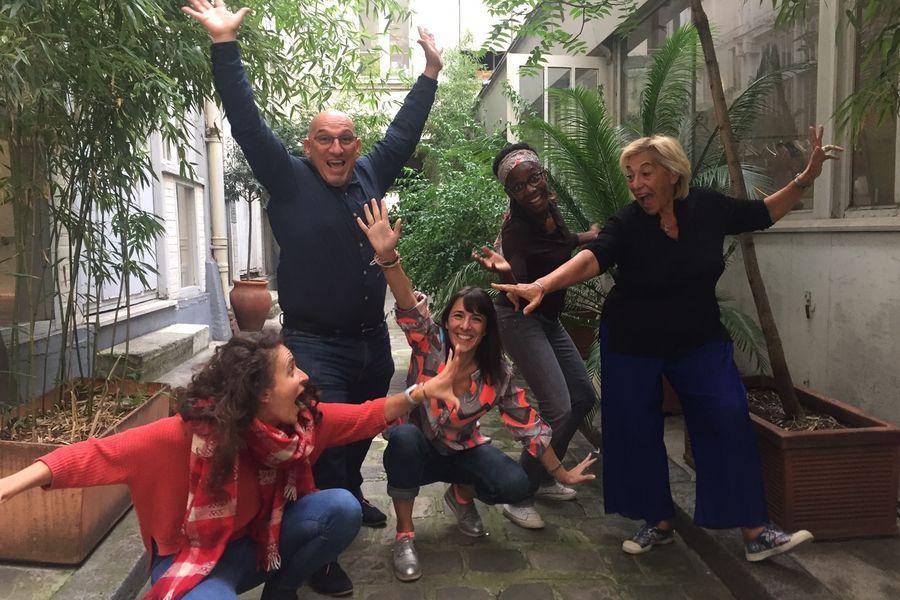 Atelier Fil Rouge  Des teambuildings et des animateurs bien être, impro, arty, foodlab...