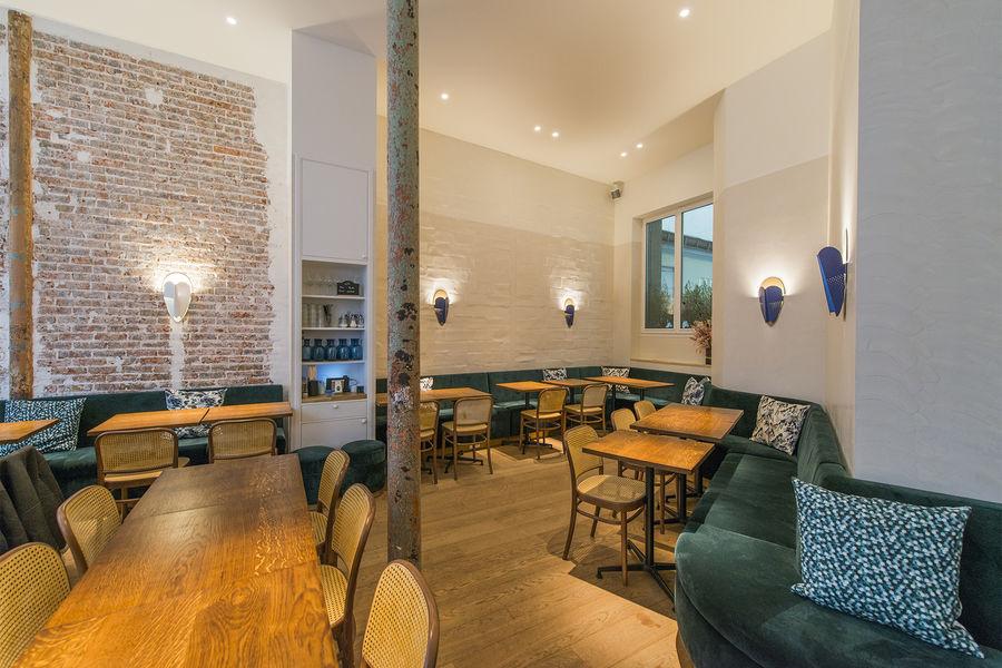 Papilles Coffeehouse grand angle sur la salle