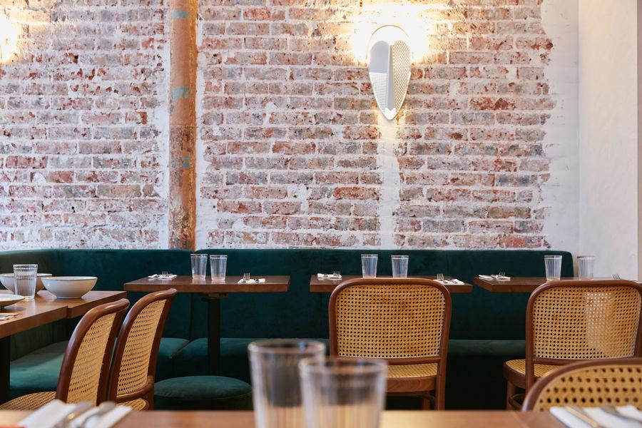 Papilles Coffeehouse Les tables