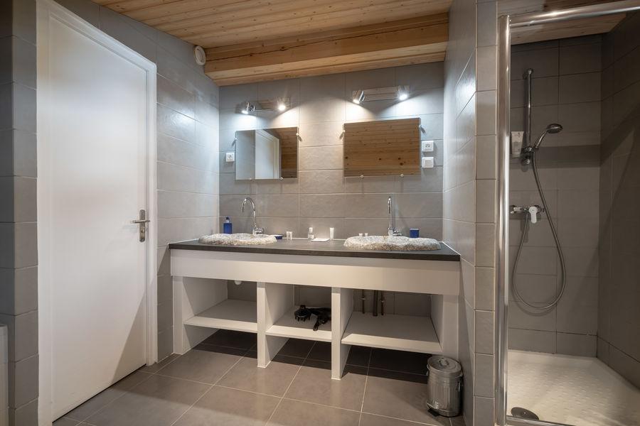 Le Chalet La Terrasse du Mont-Blanc salle de bain