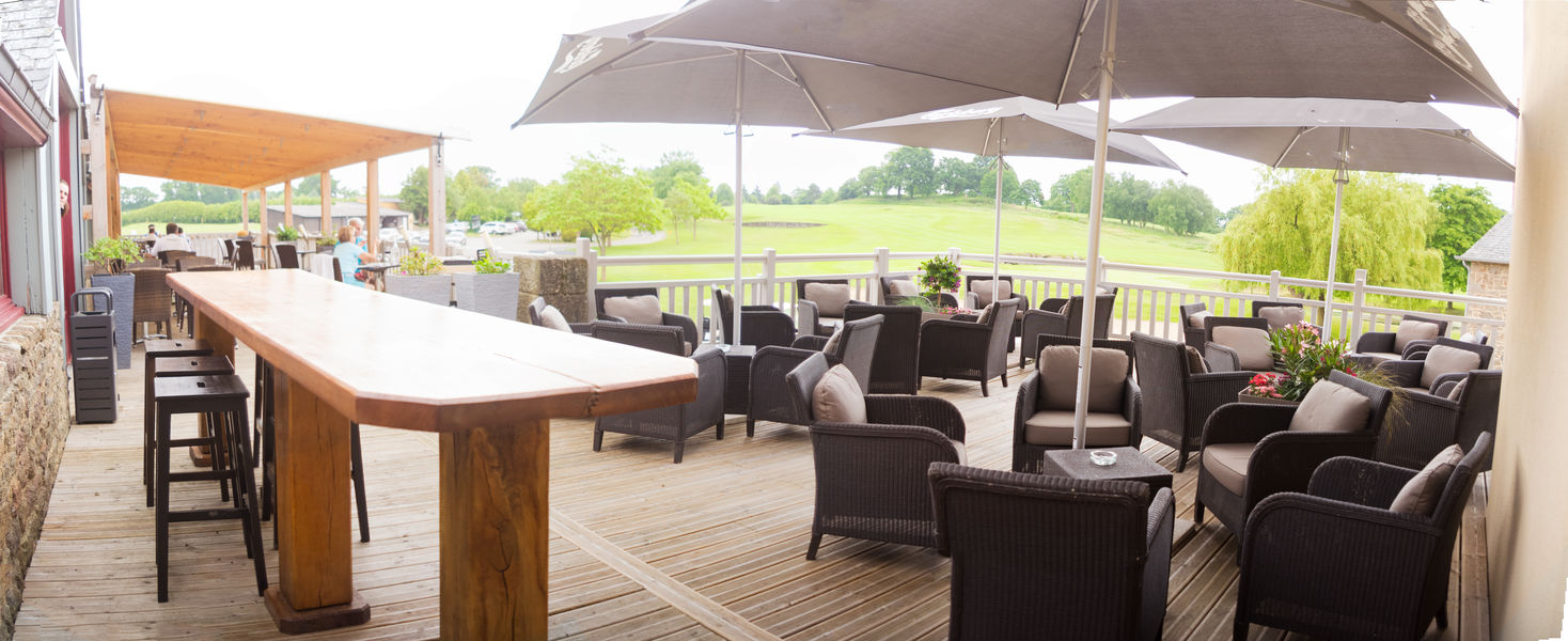 Saint-Malo Golf Resort Terrasse du Restaurant et Club House