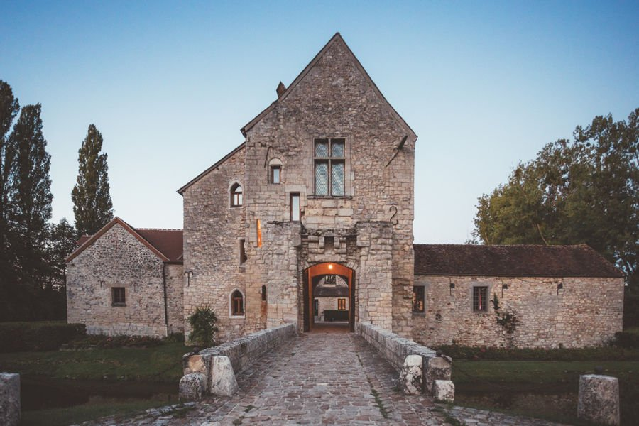 Château de Pontarmé Le pont du château