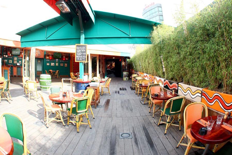 Café Oz Denfert-Rochereau Terrasse