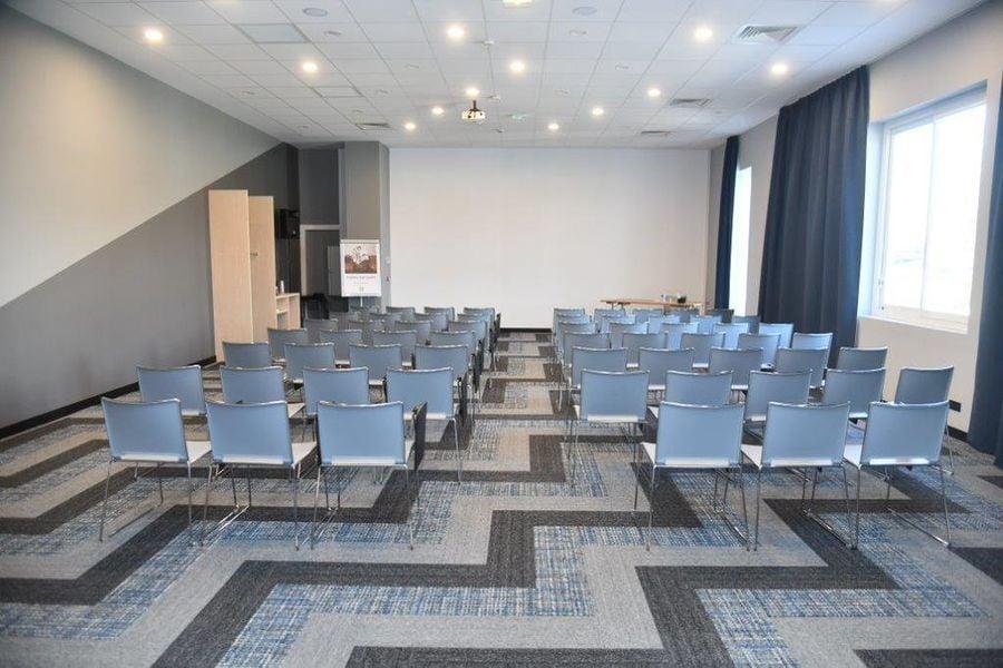 Ibis Styles Avignon Sud *** Salle plénière