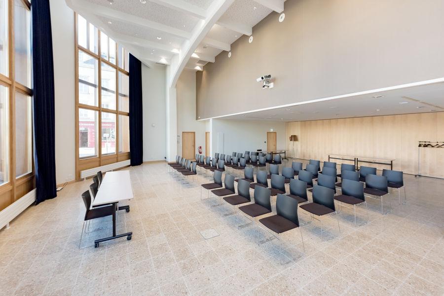 Centre des Congrès du Chapeau Rouge Salle de conférence GLENAN