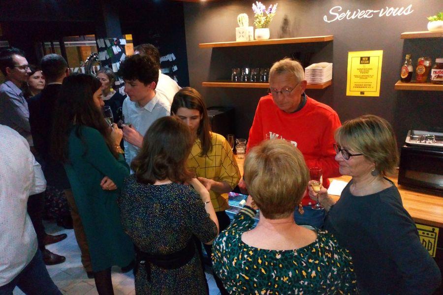 L'Usine Café & Coworking 26