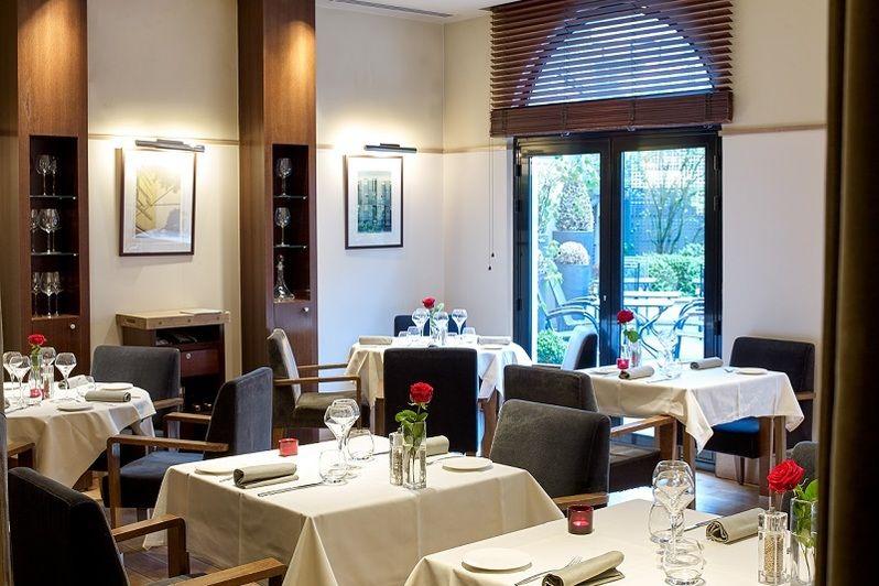 Radisson Blu Hôtel Champs Élysées ***** Restaurant La Place
