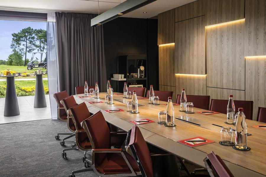 Golf du Médoc Hôtel & Spa MGallery by Sofitel **** Salle Condor - Board Meeting