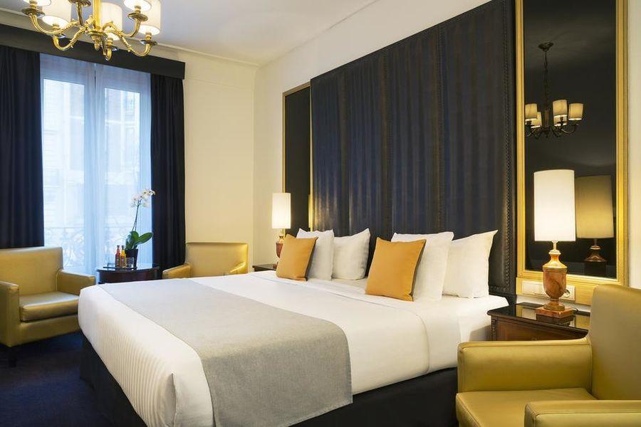 Hôtel Melia Paris Champs Elysées 21