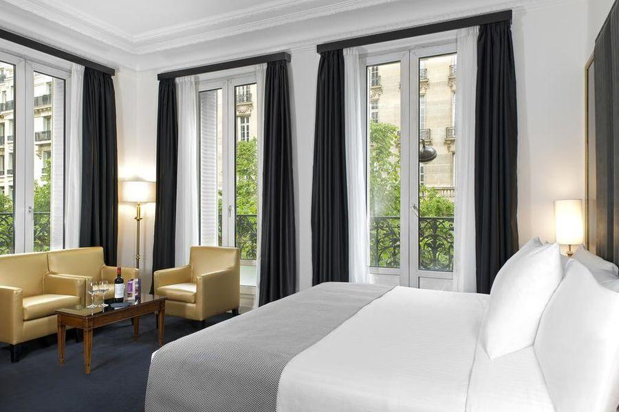 Hôtel Melia Paris Champs Elysées 23