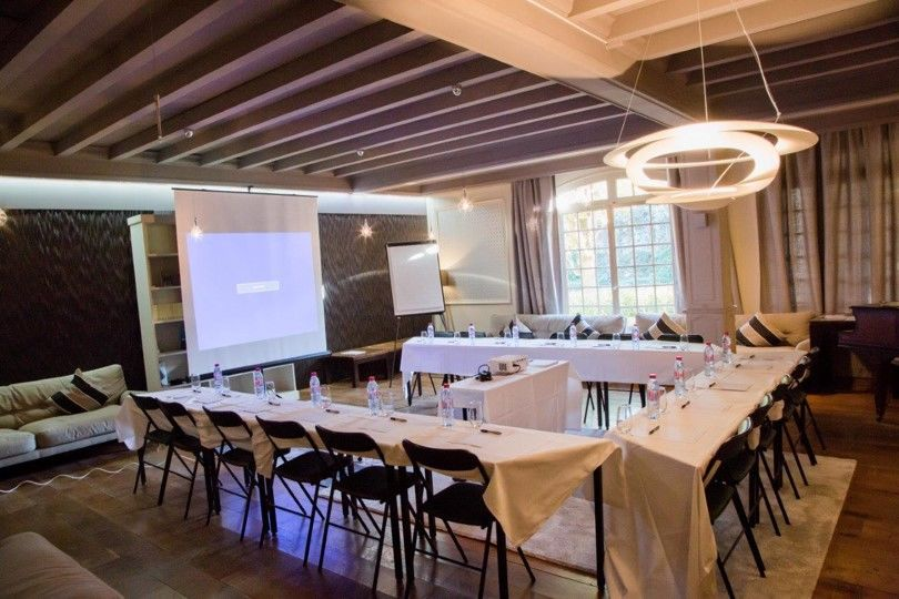 Hôtel Le Vallon de Valrugues & Spa ***** salon billard