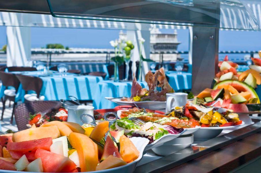Radisson Blu Hotel Biarritz  Brunch
