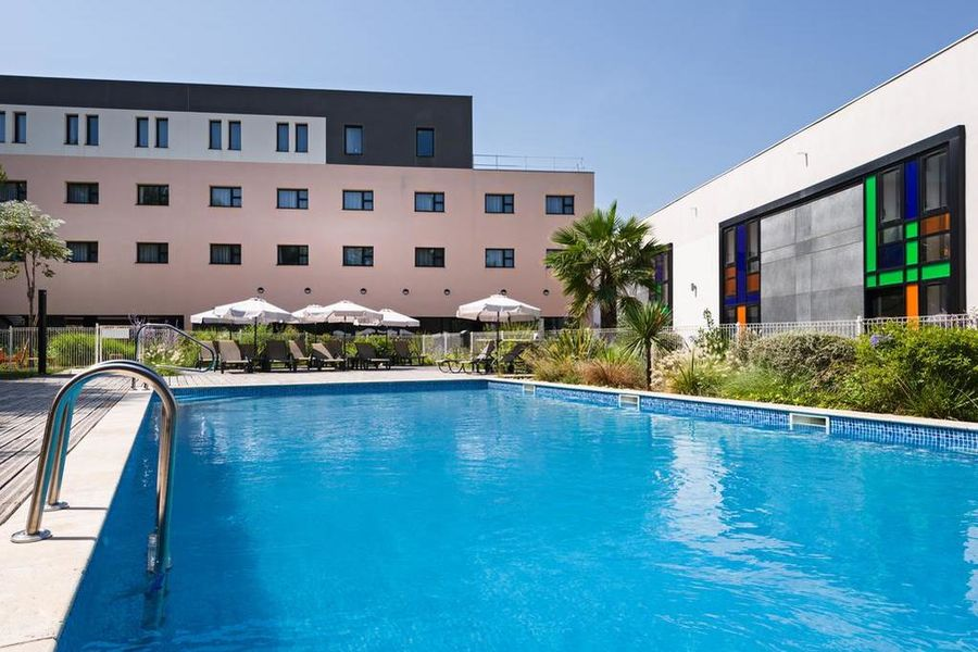 Golden Tulip Marseille Airport 4* 10
