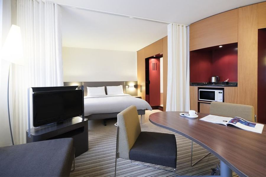 Novotel Suites Paris Montreuil Vincennes 18