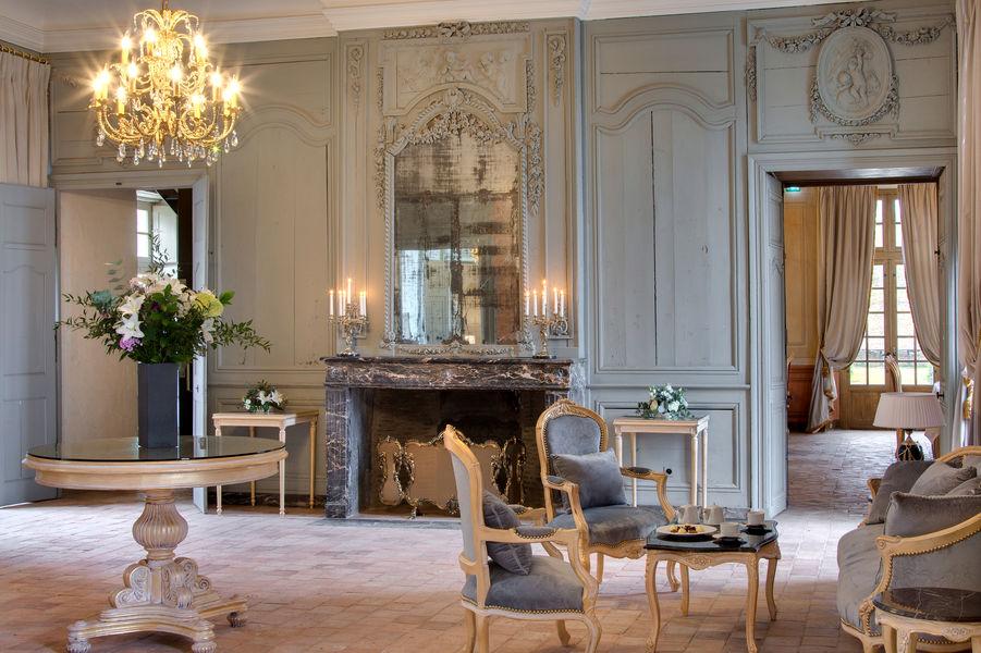 La Perrière Château & Golf Salon Rose