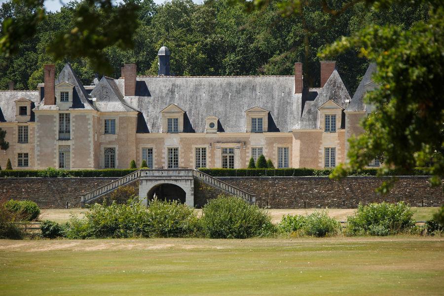 La Perrière Château & Golf Façade