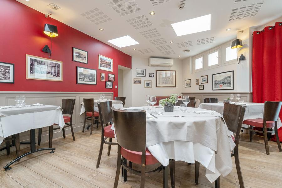 Hôtel Kyriad Vannes Centre-Ville ***  Salle de restaurant privatisable - groupe à Vannes