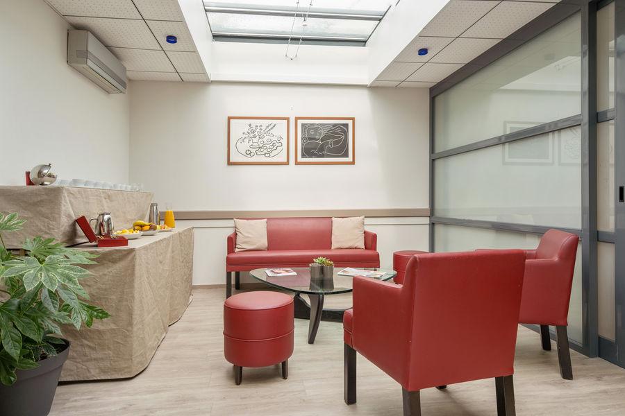 Hôtel Kyriad Vannes Centre-Ville ***  Accueil espace séminaire Vannes