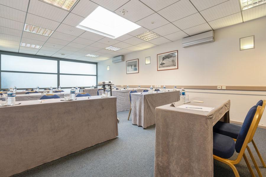 Hôtel Kyriad Vannes Centre-Ville ***  Réunion - formation - séminaire à Vannes