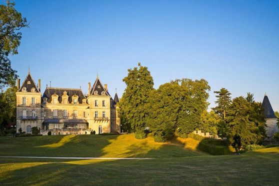 Le chateau de Mirambeau
