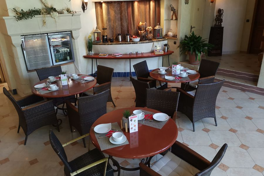 Domaine de Valsoyo Petit-déjeuner intérieur