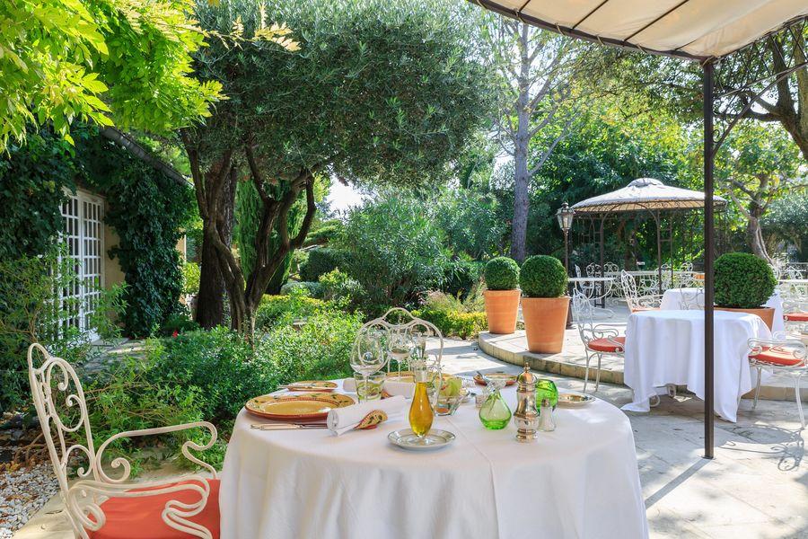 Auberge de Cassagne & Spa ***** restaurant terrasse