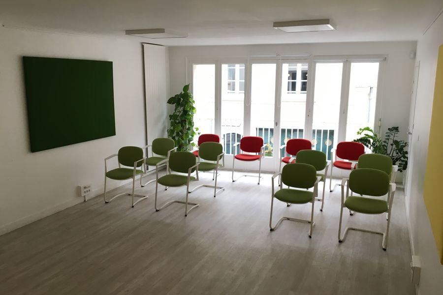 Salons 8ème Sens - Angers Béclard Salle Verte, avec tisanerie et terrasse privative de 50m2