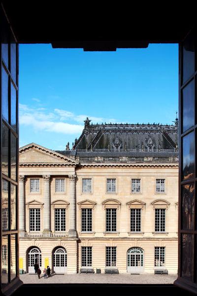 Ore - Ducasse au Château de Versailles Vue sur Aile des Ministres