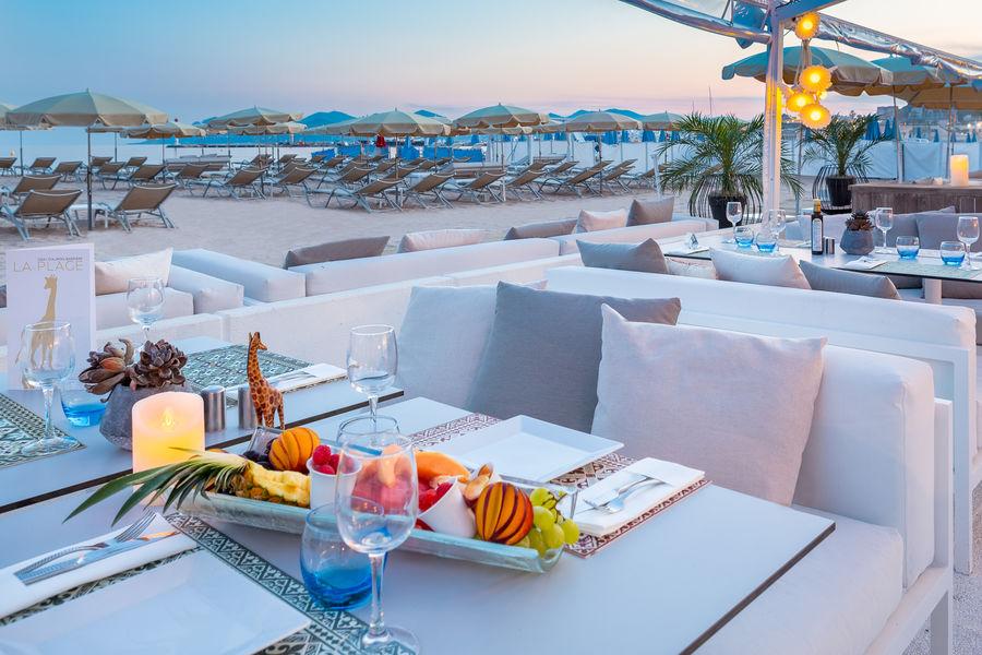 Hôtel Barrière Le Gray d'Albion Cannes  Restaurant