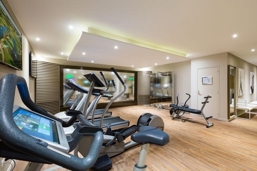 Hôtel Barrière Le Gray d'Albion Cannes  Salle de fitness