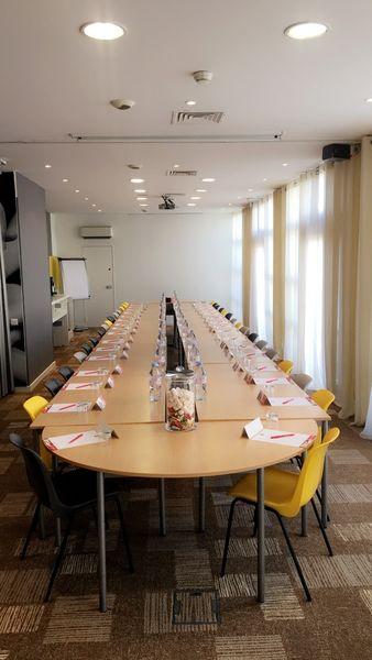 Ibis Montpellier Centre *** Salle de réunion