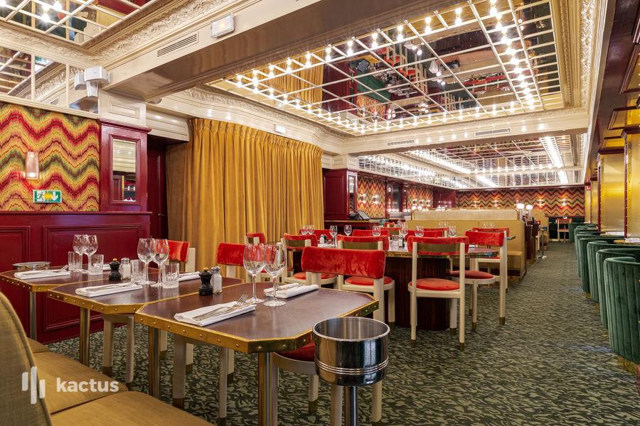 Le Grand Café Capucines 24
