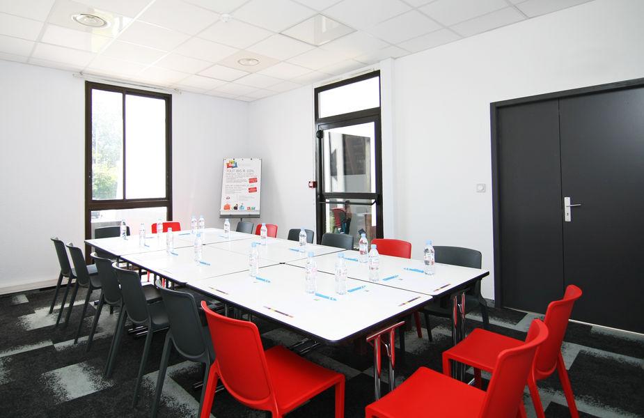 Ibis Styles Toulouse Labege *** Salle de réunion 35m2