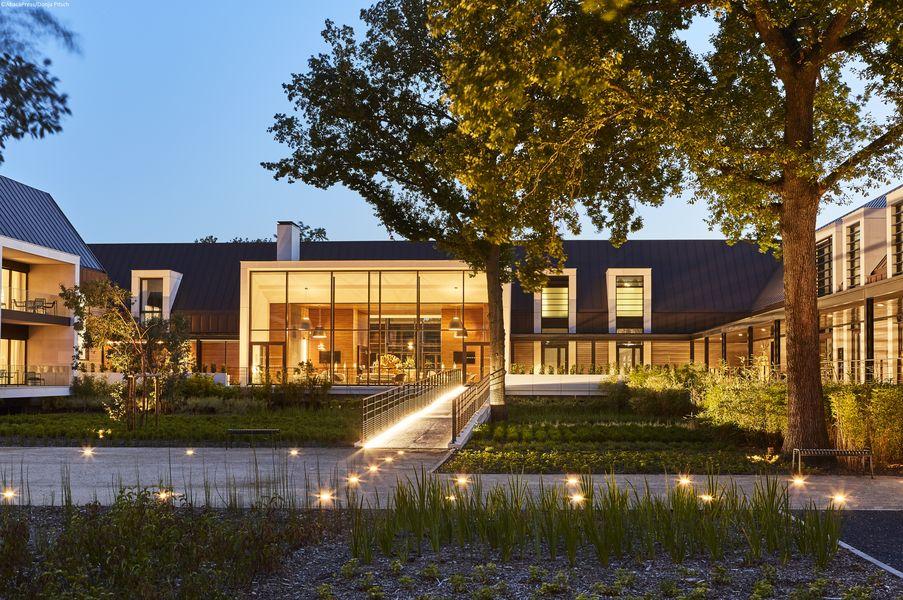 Le Domaine des Vanneaux Hôtel Golf & Spa MGallery Le Patio