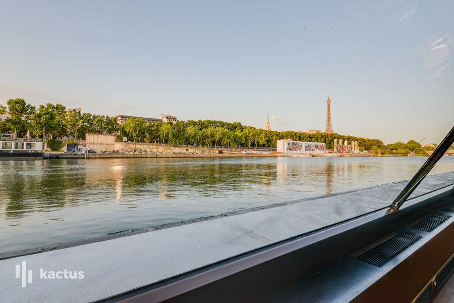 Bateaux-Mouches - Le Zouave 14