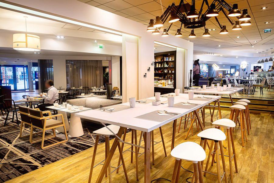 Novotel Paris Rueil Malmaison **** Restaurant GourmetBar