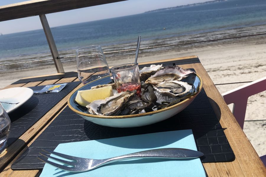 Les Sables Blancs **** Déjeuner en terrasse