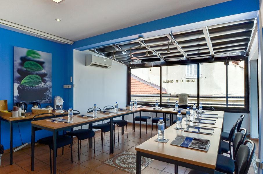 Euroburos Marseille Vieux Port République