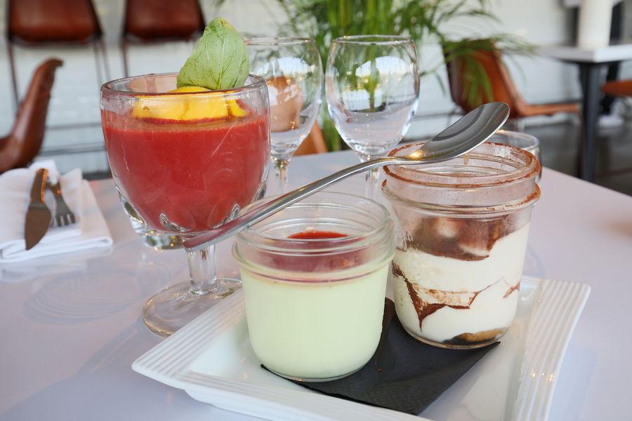 Aqua Restaurant Desserts