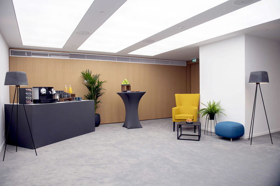 Kluster Business Center 30