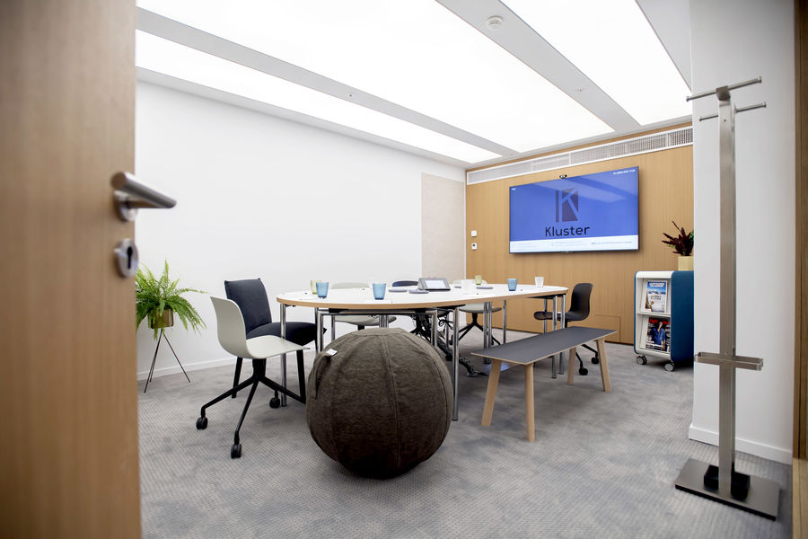 Kluster Business Center 31