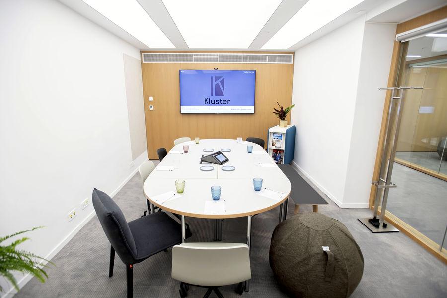 Kluster Business Center 34
