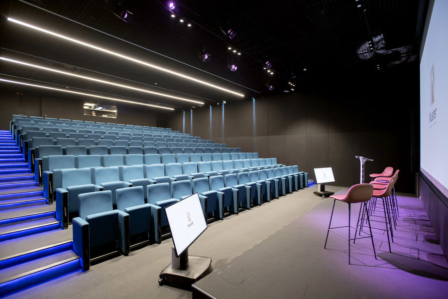 Kluster Business Center Auditorium