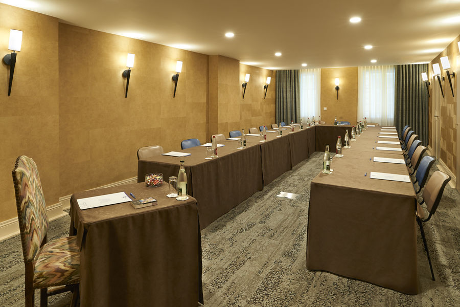 Best Western Premier Bordeaux - Hotel Bayonne Etche Ona  Salle de réunion Saint Emilion