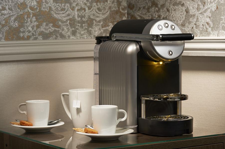 Best Western Premier Bordeaux - Hotel Bayonne Etche Ona  service dans les chambres