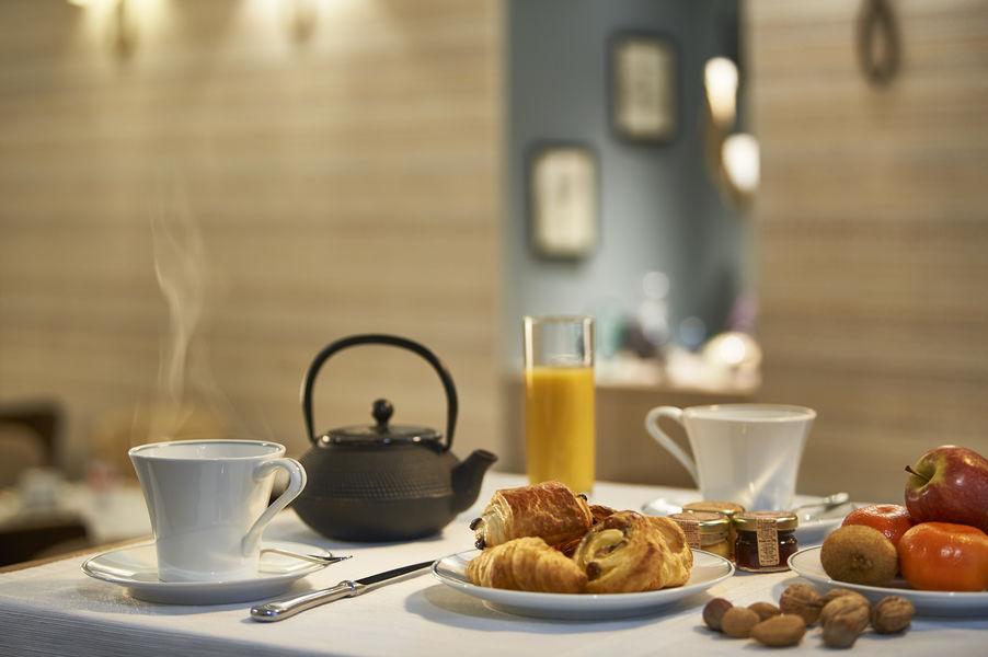 Best Western Premier Bordeaux - Hotel Bayonne Etche Ona  Petit déjeuner buffet chaud